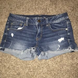 American Eagle Distressed Shorts Size 4